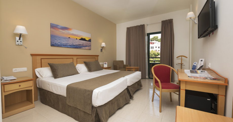 habitacion moderna Hotel Victoria Playa****
