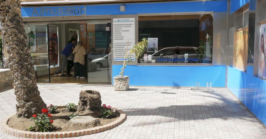 clinica almusalud almuñecar