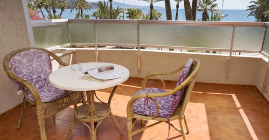 Balcon Hostal Velilla