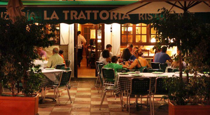 pizzeria-ristorante-la-trattoria-fachada